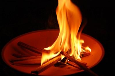 迎え火、送り火